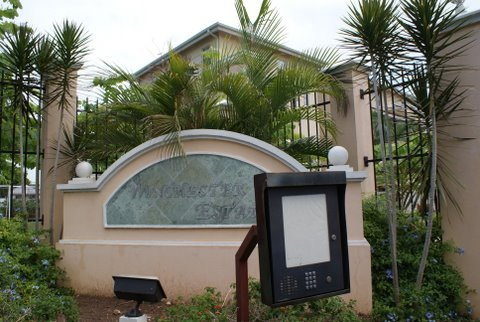 Winchester estate vacation community safe and secure city for Jamaica vacation homes